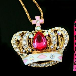 "New BJ Gold 25+"" Neclace w Crown Pendant"